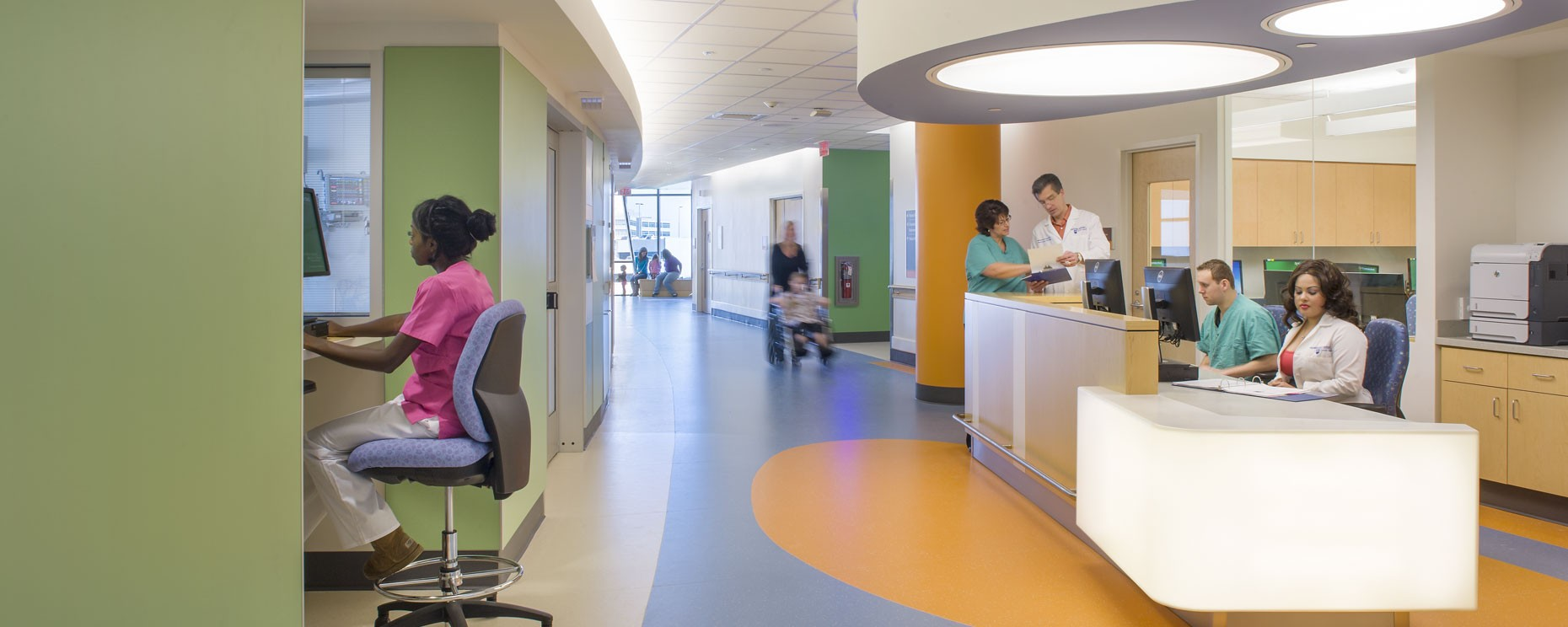 Penn State Milton Hershey Children's Hospital, Hershey, PA. Patient Corridor  Materials: Corian, plastic laminate, wood, Trespa wall panels Architecture: Payette General Contractor: Quandel Group